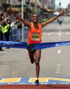 boston marathon winner 2010 finish line