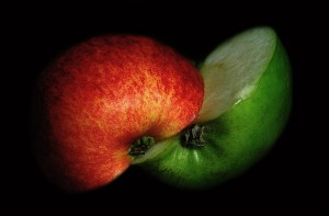 red apple green apple
