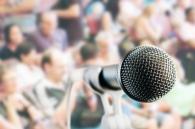 microphone crowd