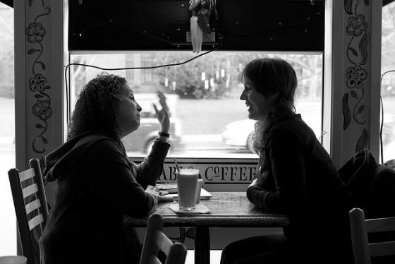 Two-women-conversation